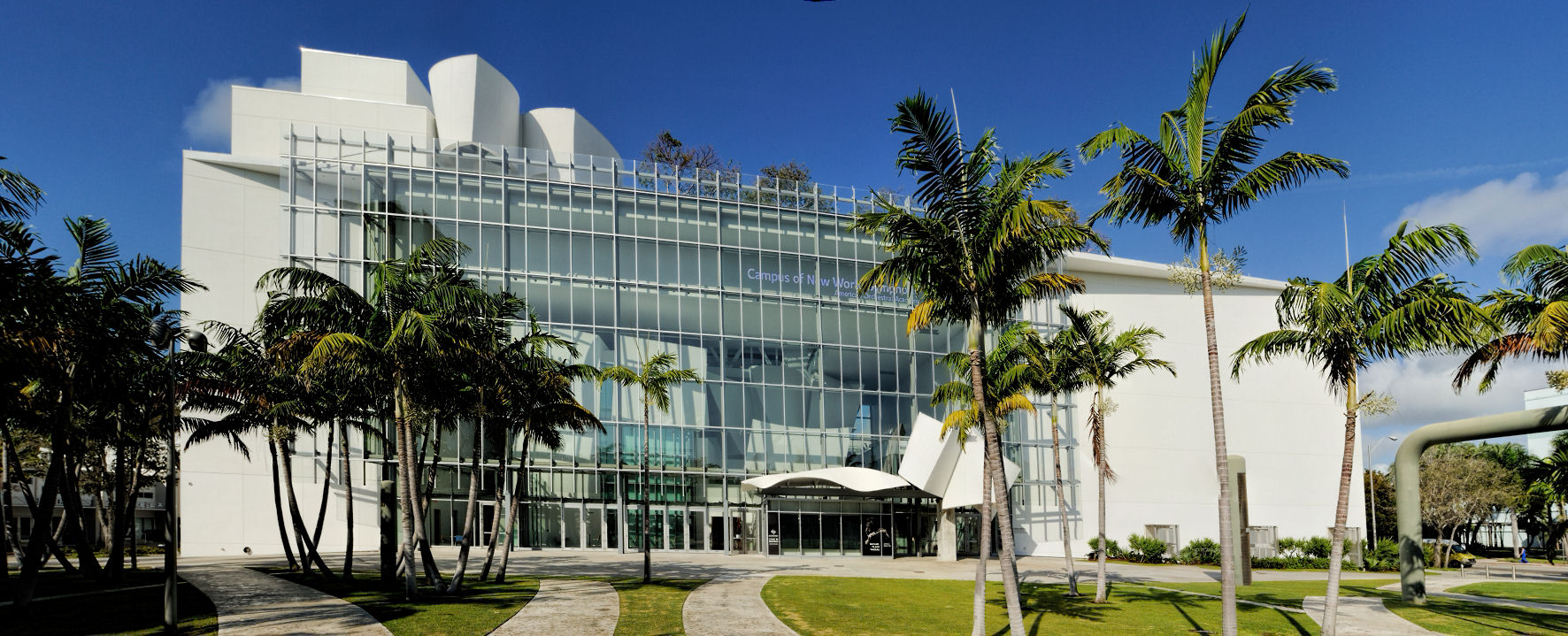 From High Tech to High Fashion: Best Places to Network in Miami