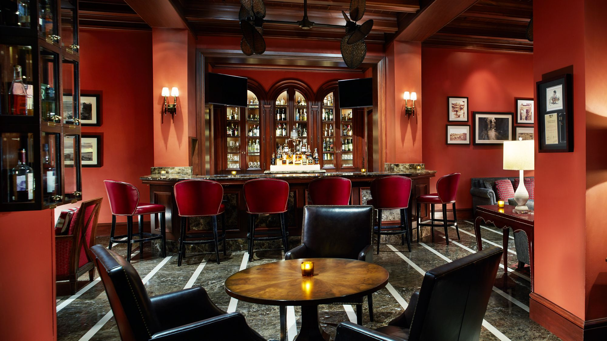 Miami S Best Cigar Lounges Ideal Places For A Luxurious Smoke